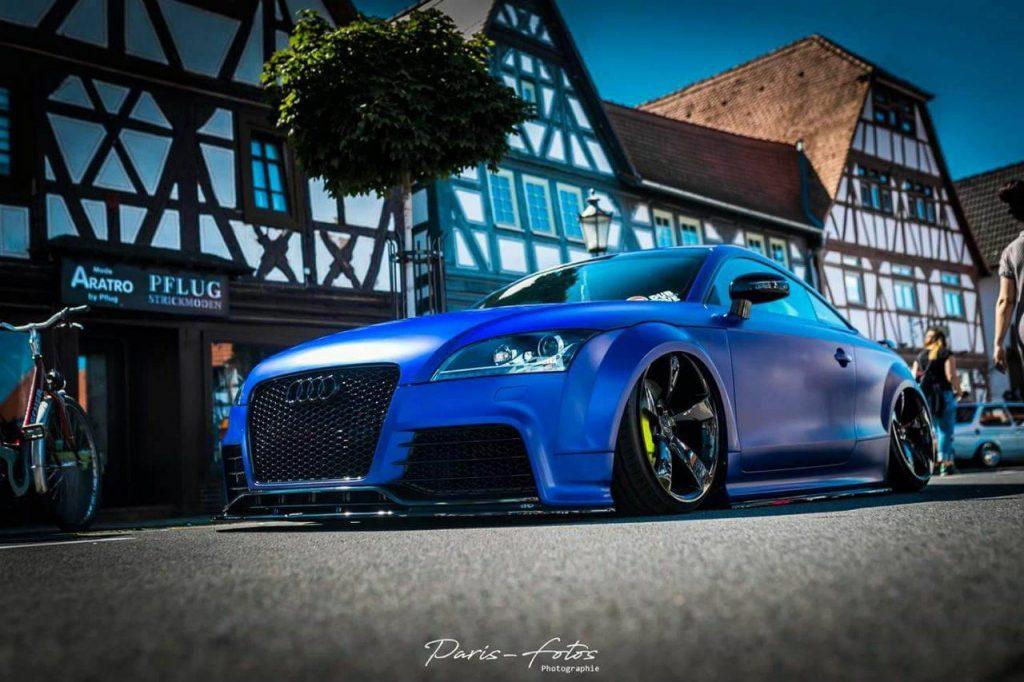Audi TT RS Folierung Blau Seidenmatt