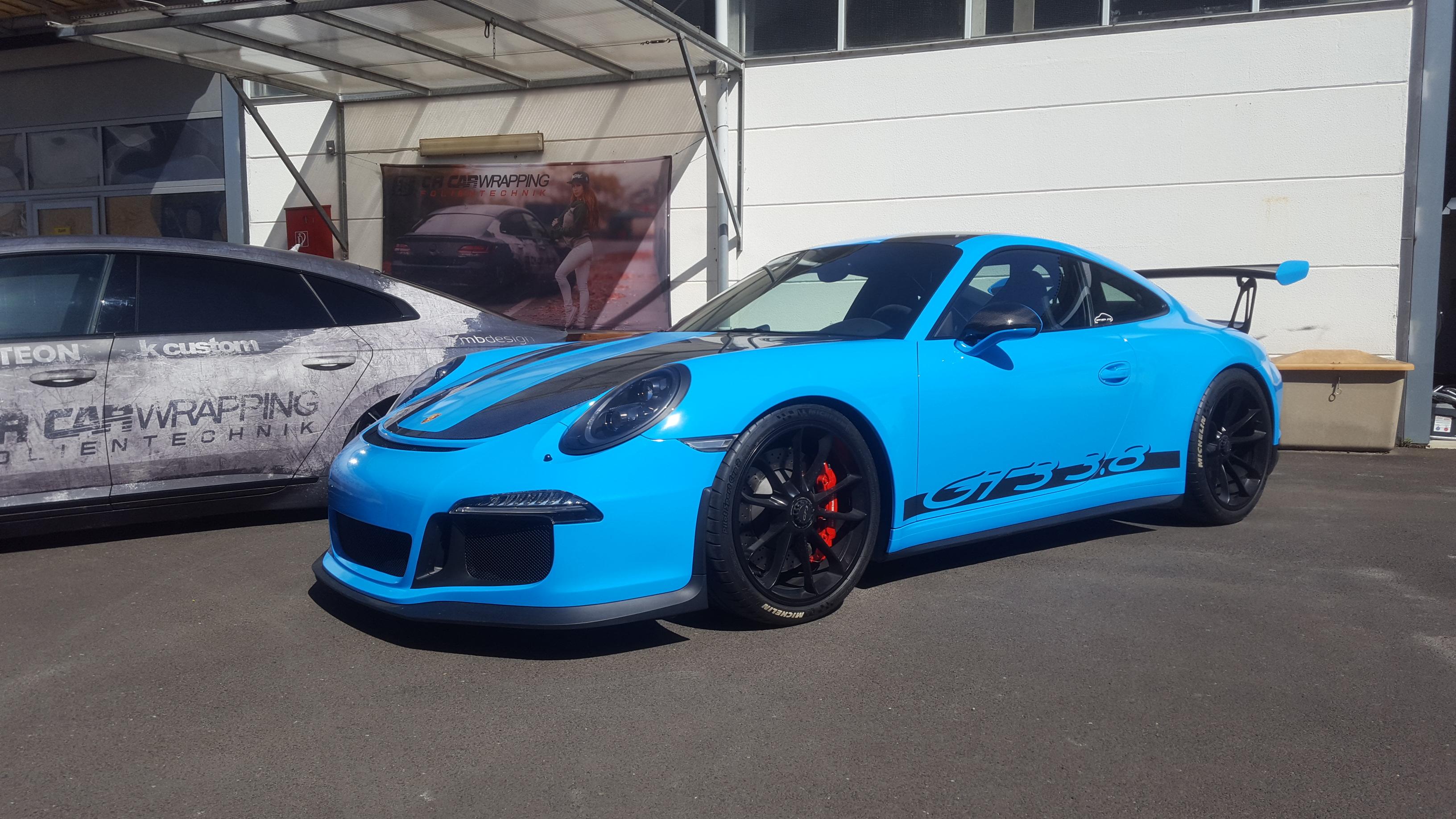 Porsche GT3 Komplettfolierung Light Blue
