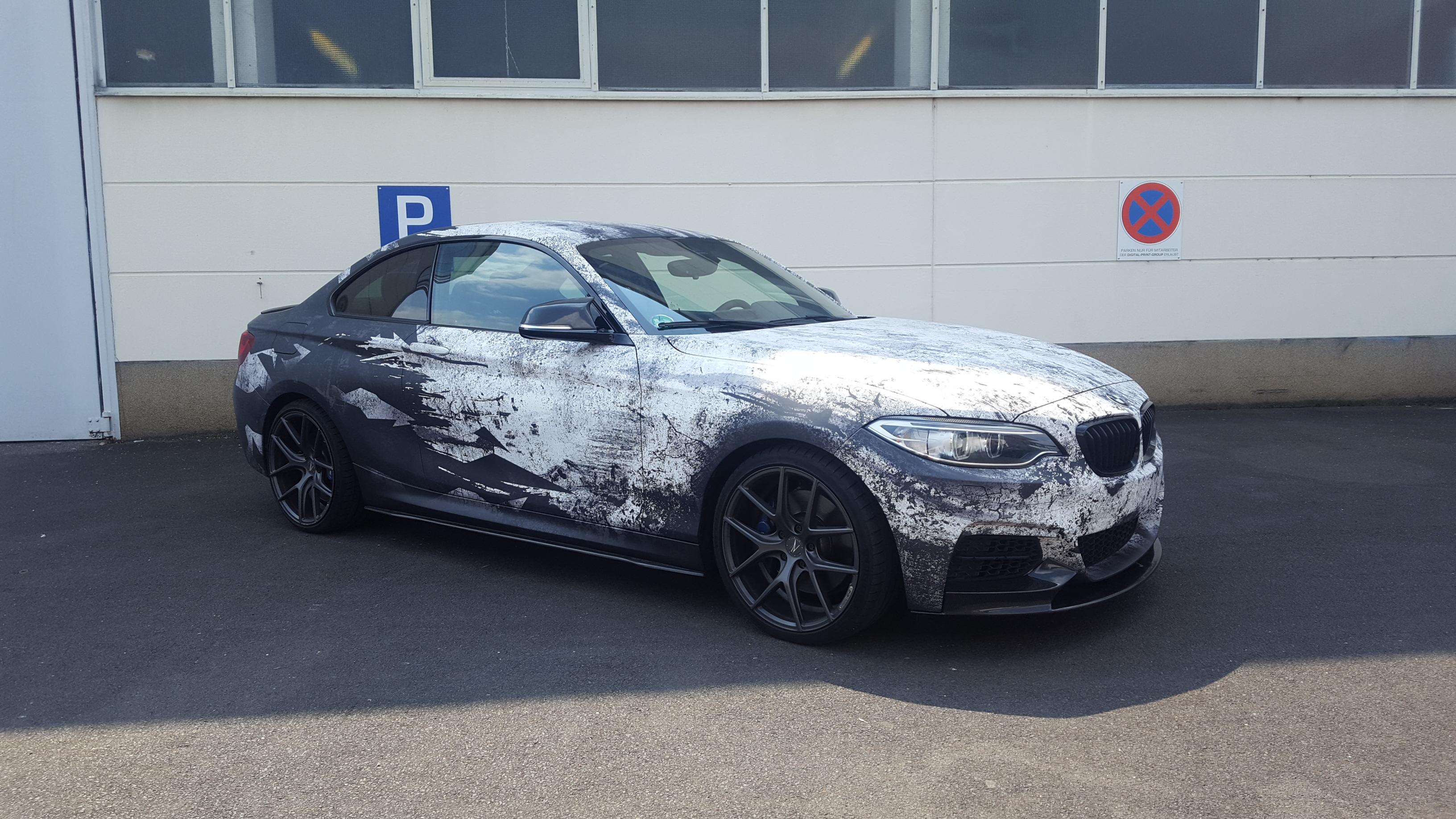folierung würzburg BMW 2er Coupe Digitaldruck Komplettfolierung