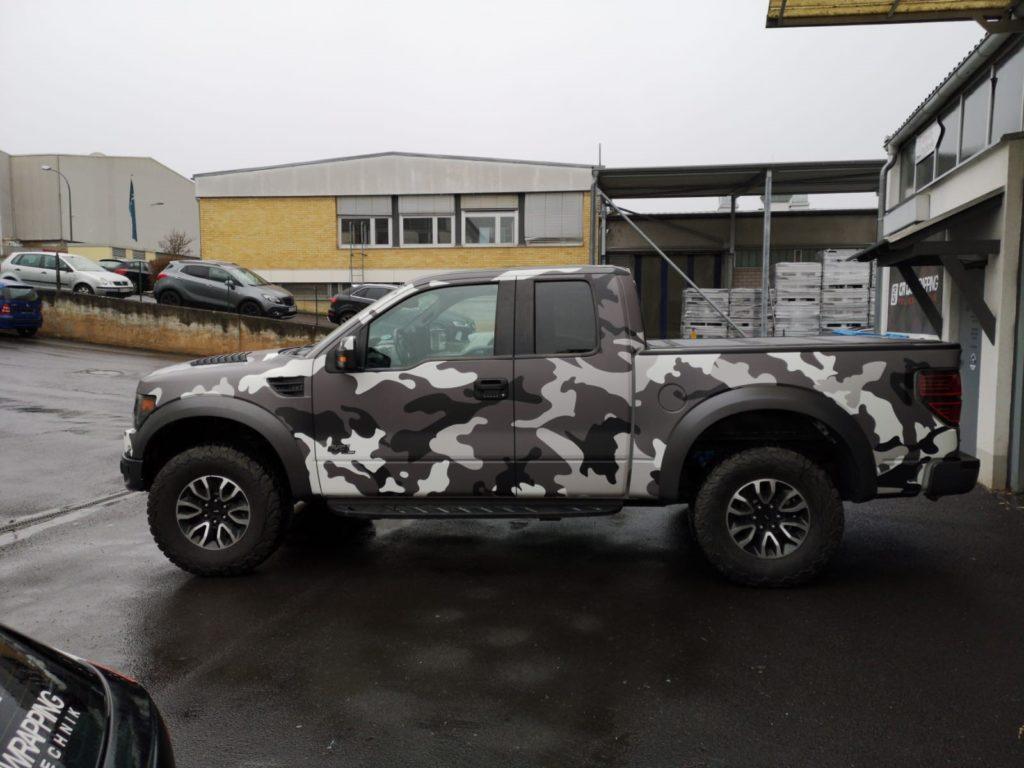 Ford Raptor Digitaldruck Komplettfolierung Camouflage Würzburg