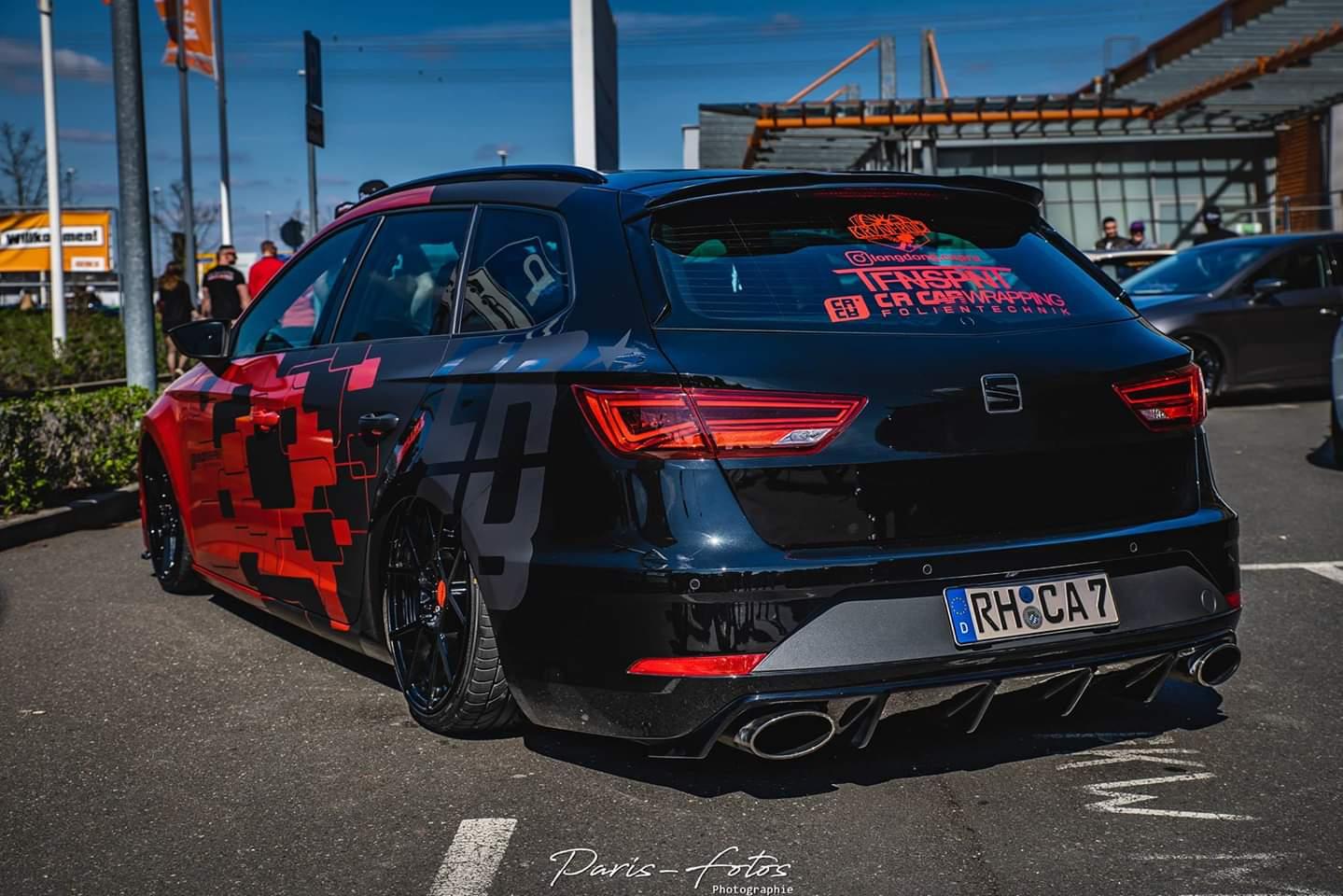 Seat Leon Cupra Designfolierung Rot Schwarz