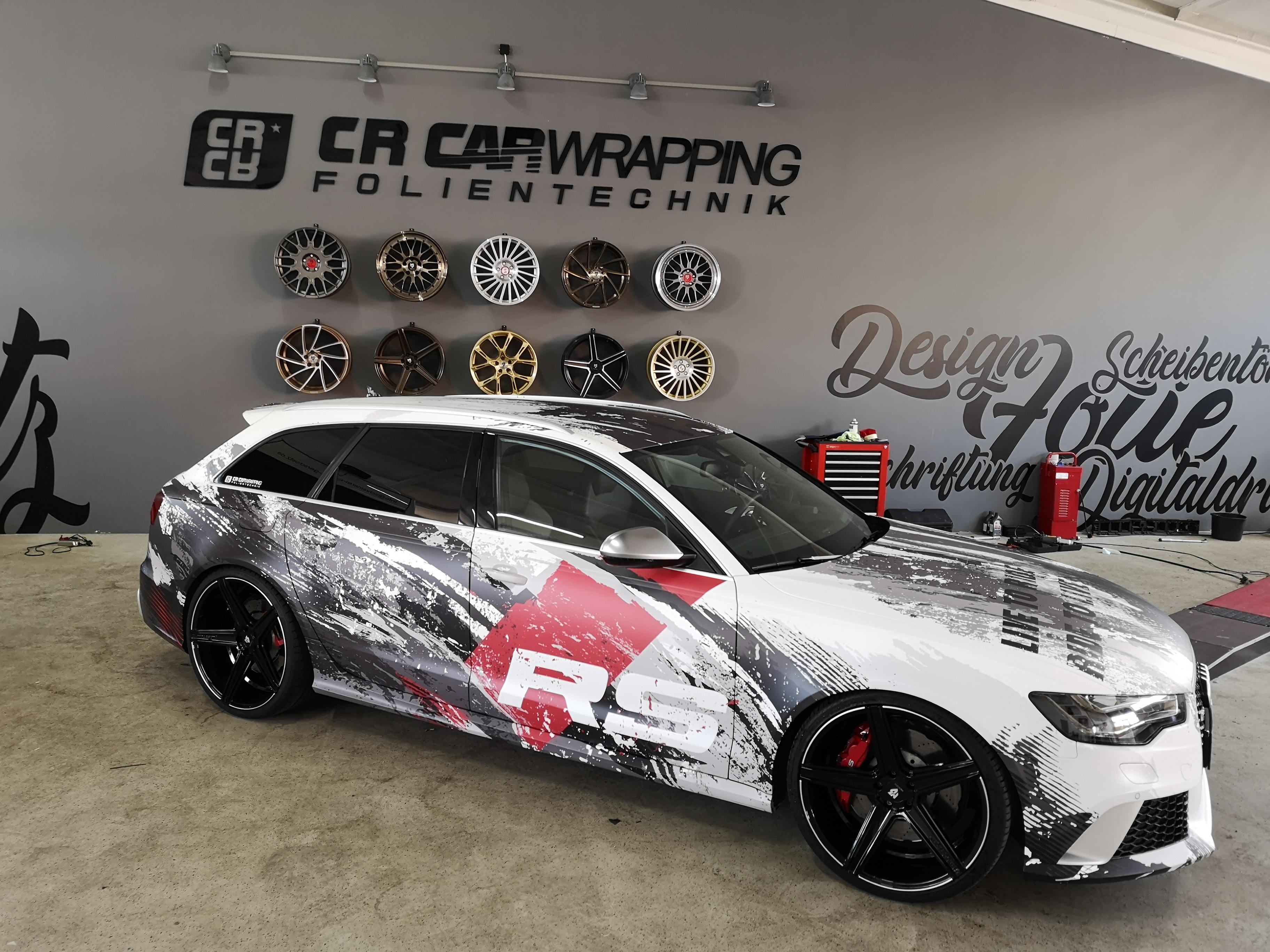 Audi RS6 Digitaldruck Komplettfolierung