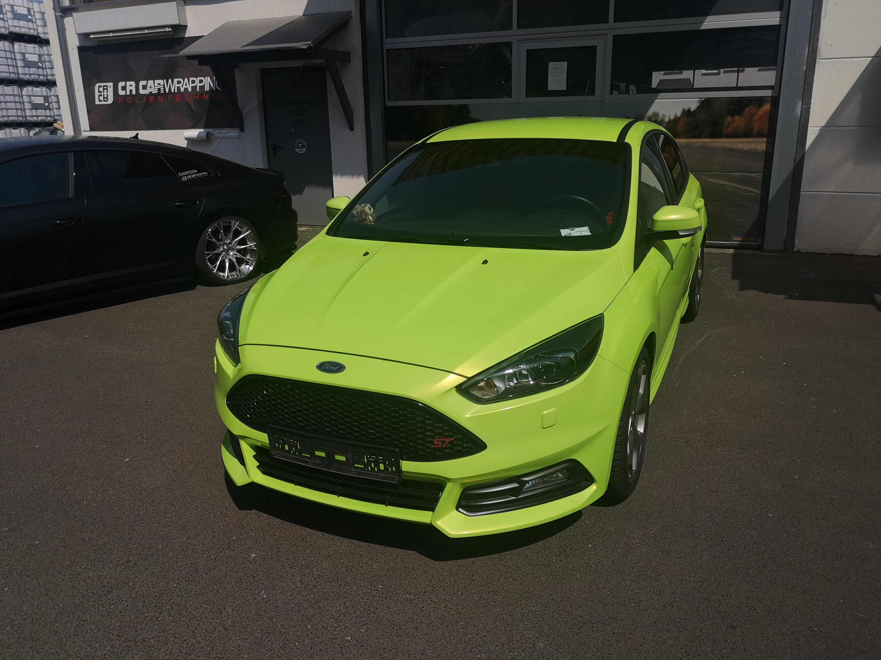 Ford Focus ST Komplettfolierung